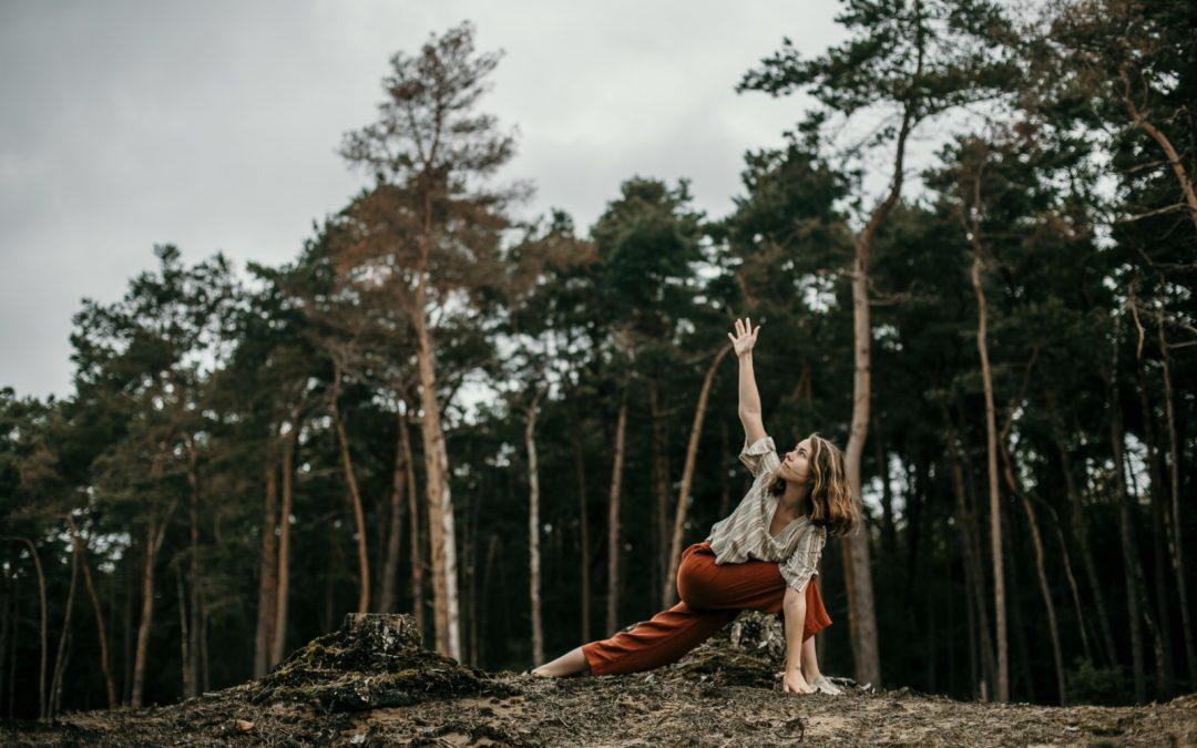 Yoga teacher training: intensive vs. long course